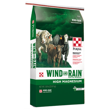 Purina Wind and Rain Hi-Mag. Green feed bag. Features cattle.